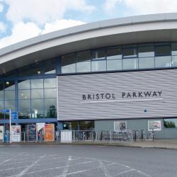 Bristol Parkway İstasyonu
