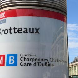 Brotteaux Metro İstasyonu