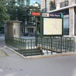 Félix Faure Metro Station
