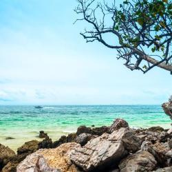 Ta-Yai Beach