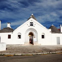 Trullo Sovrano, Alberobello