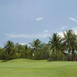 Emerald Golf Resort