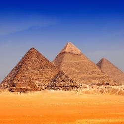 Pýramídarnir í Giza