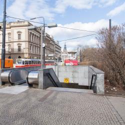 Karlovo Náměstí Metro Station