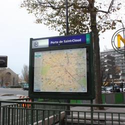 Boulogne Pont de Saint-Cloud Metro Station