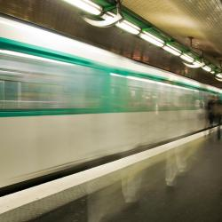 Boissière Metro Station
