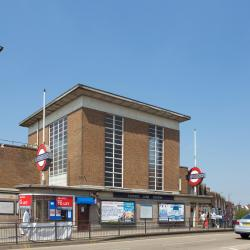 Metroojaam Rayners Lane