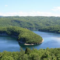 Vouglans Lake, Maisod