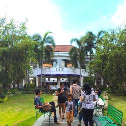 Бали Мол Галерия