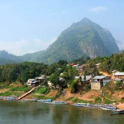 Nong Khiaw 4 resorts