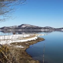Plastira lake 3 resorter