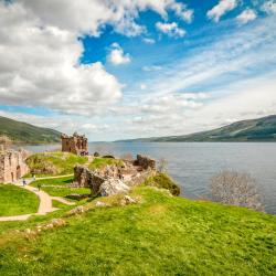 Lago Ness 4 hostels