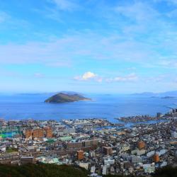 Kagawa 10 hotels with a jacuzzi