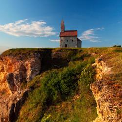 Nitriansky kraj 8 resorts