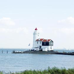 IJsselmeer 16 svečių namų