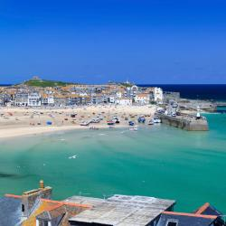Cornwall 20 hostels