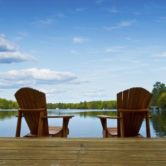 Отдохните у живописного озера Мускока