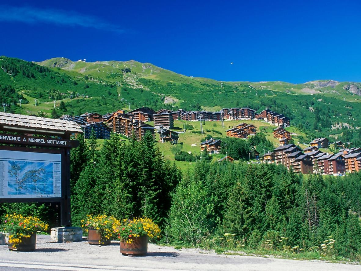 Meribel is suitable for relaxing as it is for paragliding or white water rafting