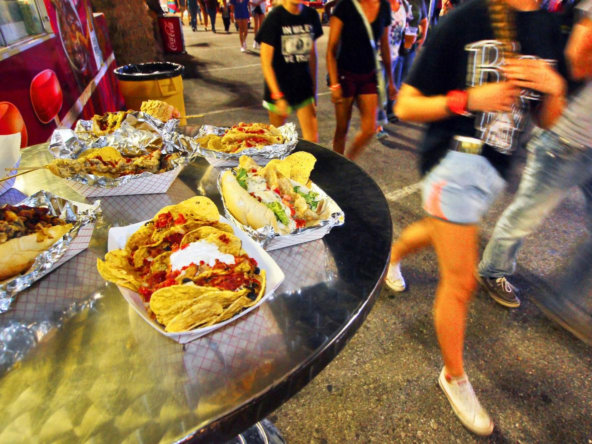 Texas-sized portions are dished out at a state fair