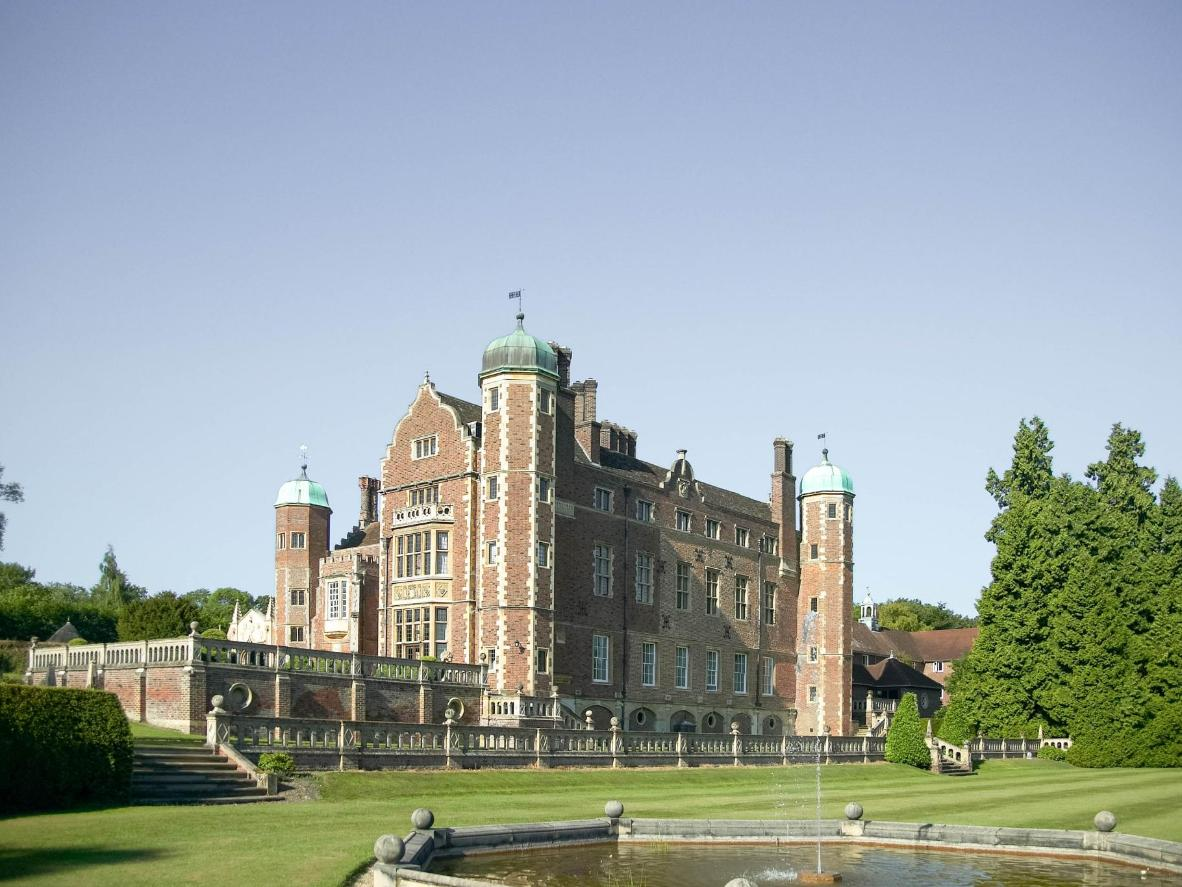 Madingley Hall offers hostel accommodation within a 16th-century estate with manicured gardens