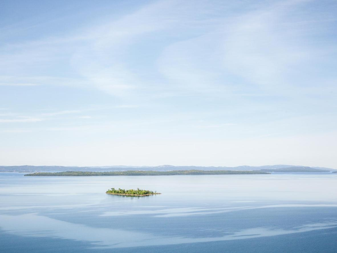The largest freshwater island in the world