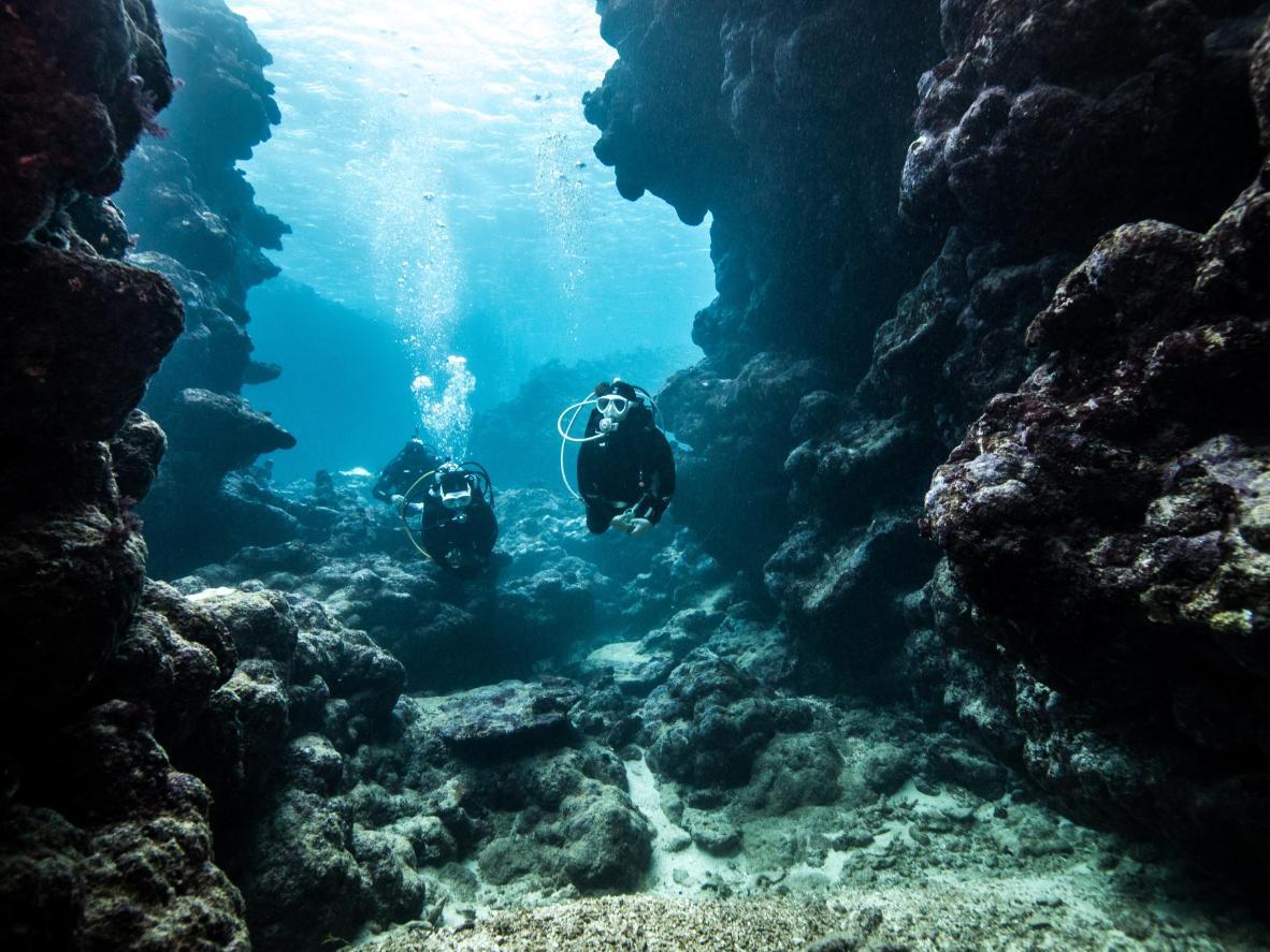 Ronjenje u špilji Grotta Giusti u Toskani