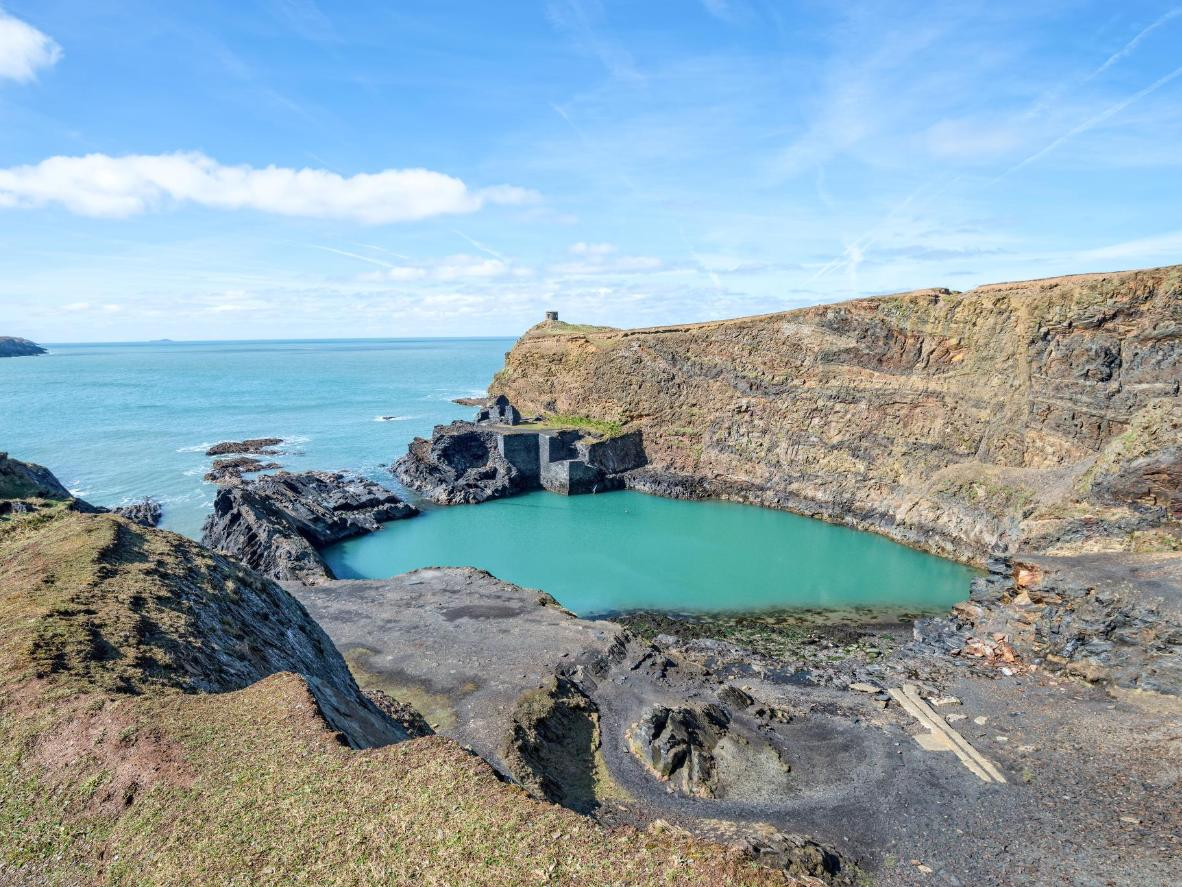 True to its name, the Blue Lagoon is a gorgeous sheen of turquoise