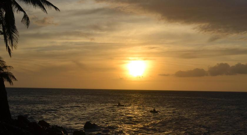 度假村 甘米银沙滩生态火山度假&潜水胜地 (菲律宾 )