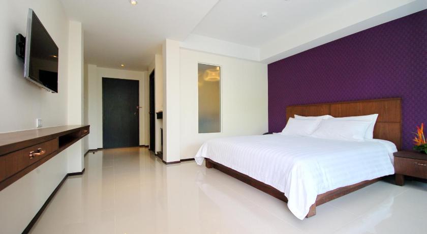 Lub Sbuy House Hotel(卢巴斯布谊楼酒店)
