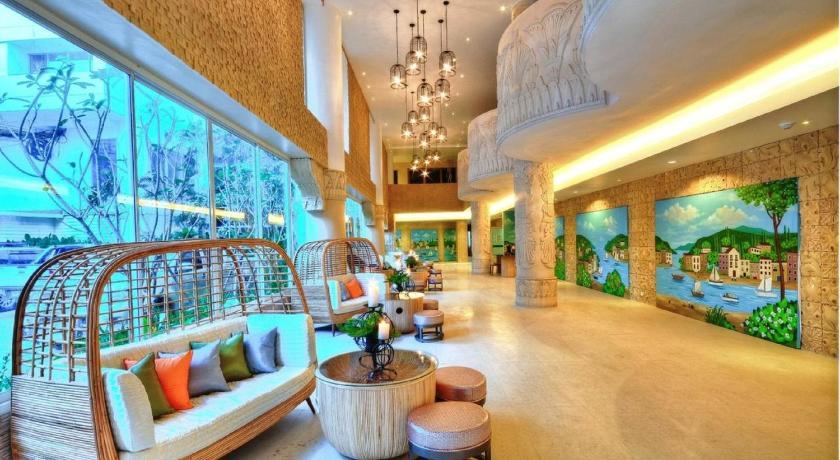 Patong Heritage(芭东文化遗址酒店)