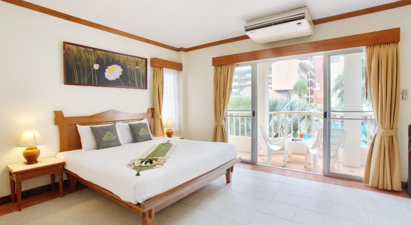 Palmyra Patong Resort Phuket(普吉岛芭东巴尔米拉度假酒店)