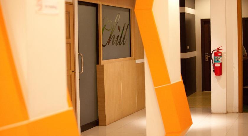 Chill Patong Hotel(芭东奇尔酒店)