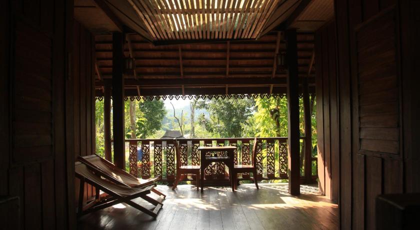 8/10 分数来自 44条评语   可以看到大象 酒店内景色好,可以参观树屋