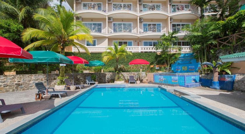 Patong Rai Rum Yen Resort(芭东莱鲁延度假村)
