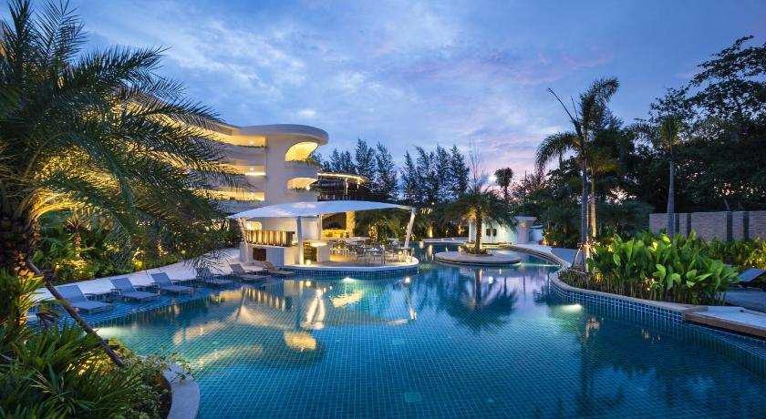 Novotel Phuket Karon Beach Resort And Spa(普吉岛卡伦海滩诺富特Spa和​​度假村)
