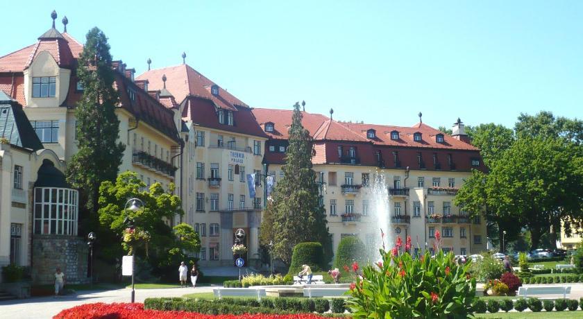 巴黎别墅旅馆