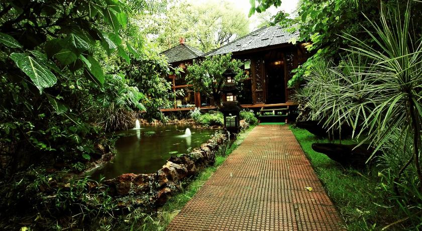 树屋度假酒店