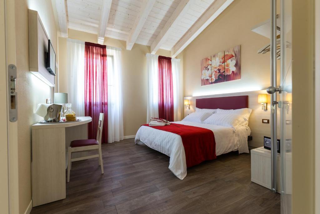 Letto o letti in una camera di Venice Airport Villa Erica & Villa Erica 1