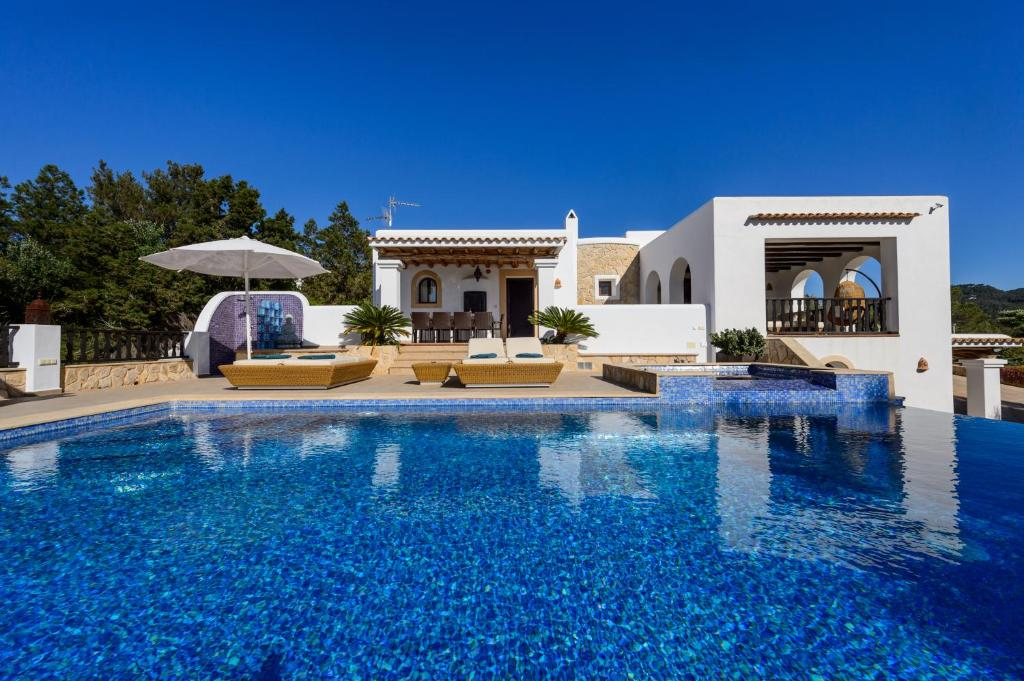 Villa Almond, San Antonio Bay – Updated 2019 Prices