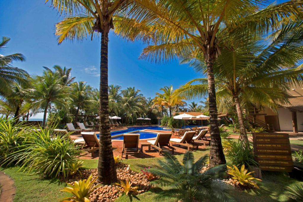 The swimming pool at or near Bupitanga Hotel