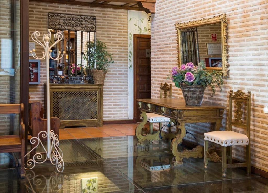 YIT Puerta Bisagra, Toledo – Precios actualizados 2019