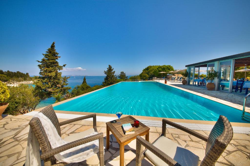 The swimming pool at or close to Glyfada Beach Villas