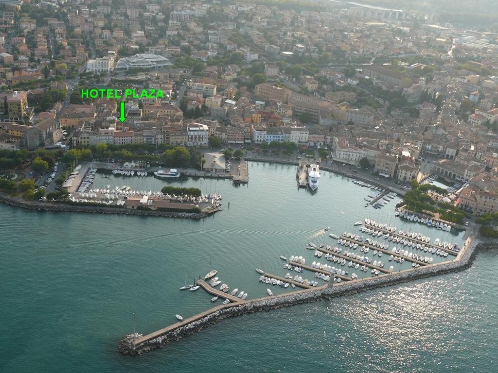 Via Durighello Desenzano Del Garda hotel plaza, desenzano del garda, italy - booking