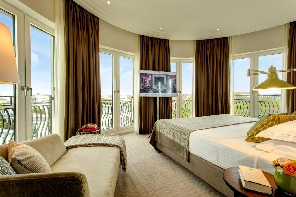 اماكن الجذب السياحي في ميونخ فندق روكو فورت ذا شارلز