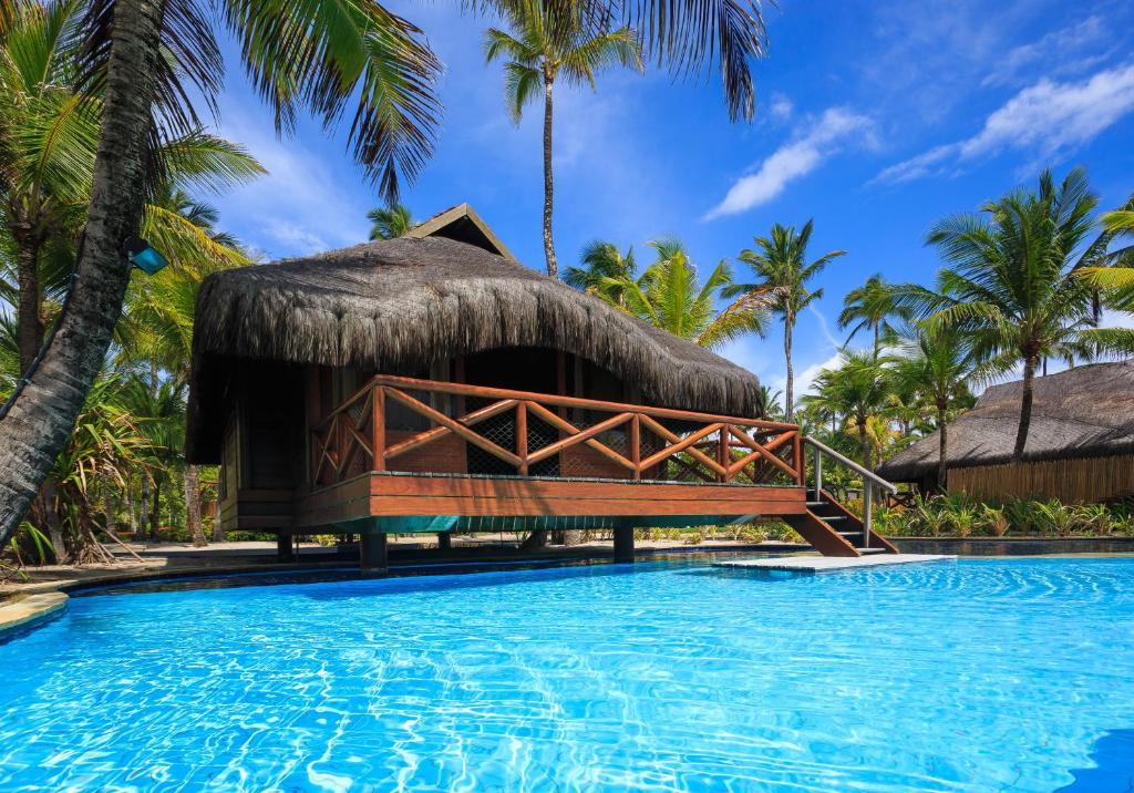 A piscina localizada em Nannai Resort & Spa ou nos arredores