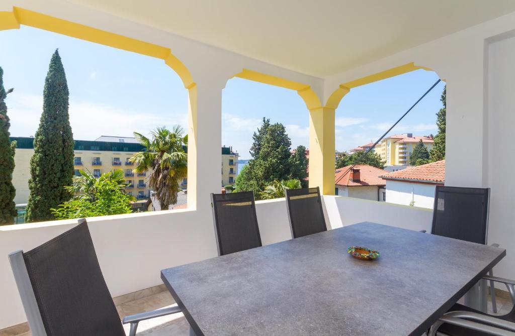 Balkón nebo terasa v ubytování Villa Roma