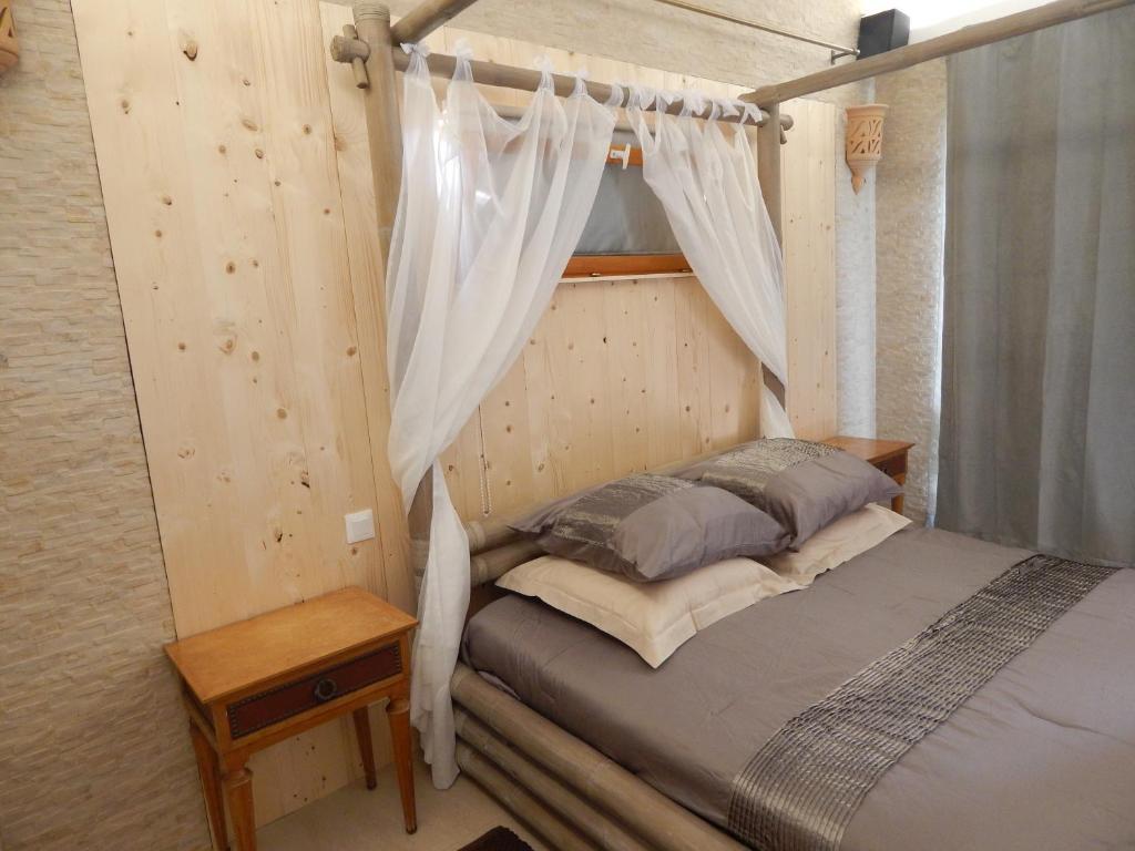 Chambres d'Hôtes aux Lauriers