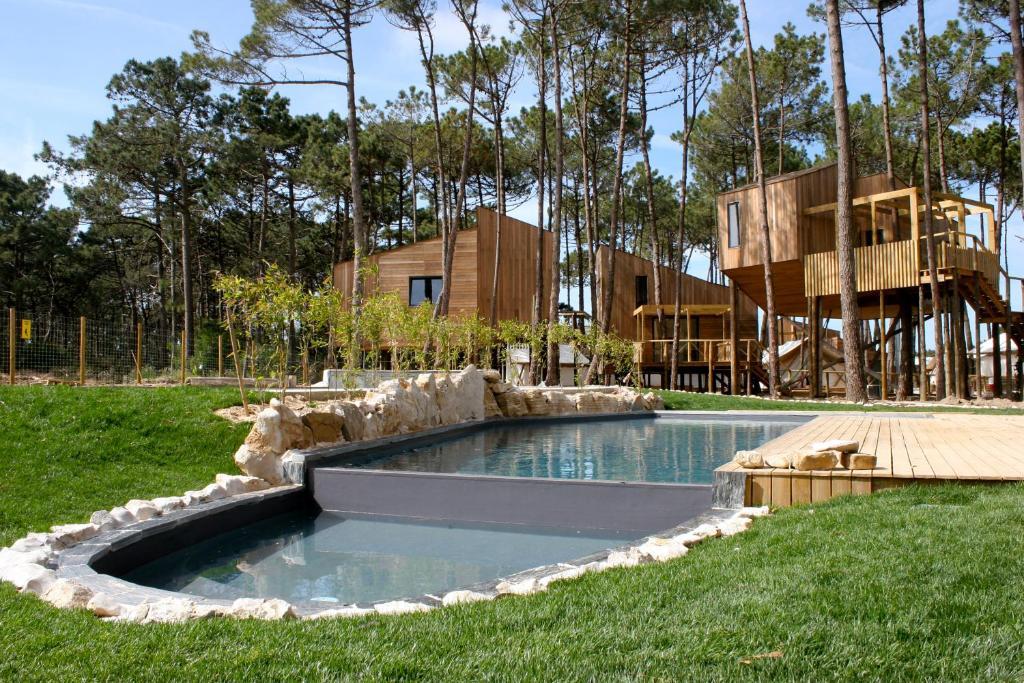 The swimming pool at or close to Bukubaki Eco Surf Resort