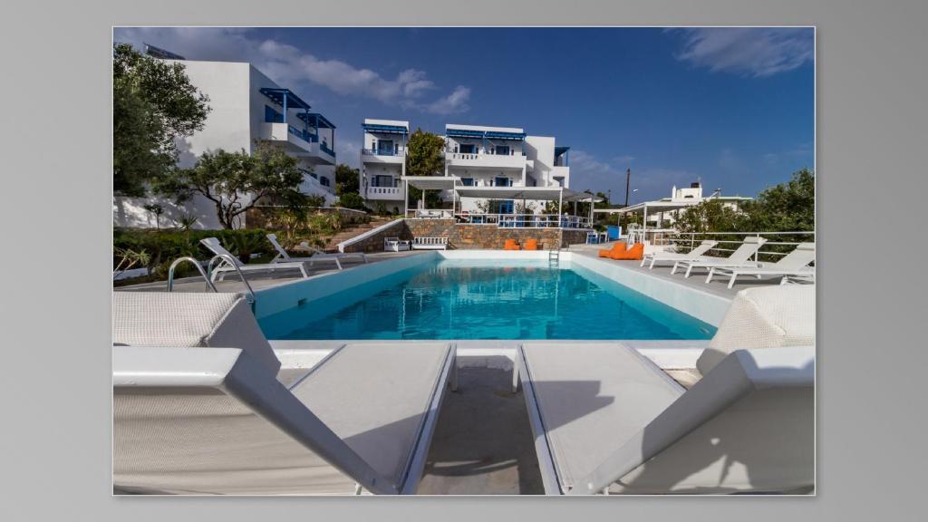 Basen w obiekcie Milatos Village Cretan Agrotourism Hotel lub w pobliżu