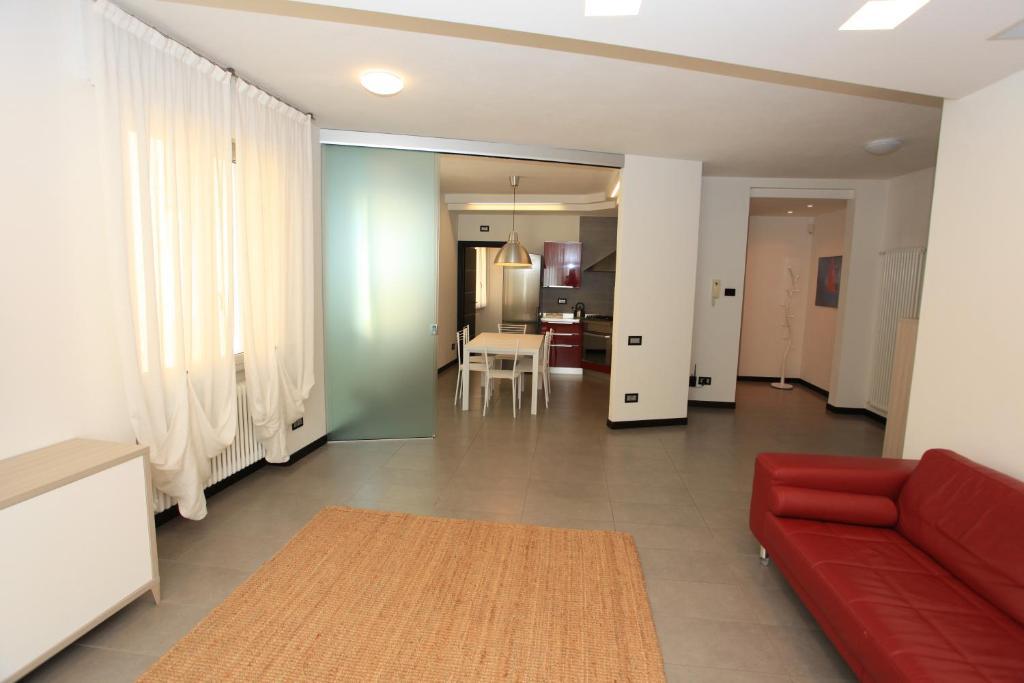 Colico Design Varedo Orari.Alessandra Apartment Colico Italy Booking Com